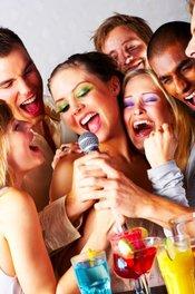 Karaoke Madness la Old City
