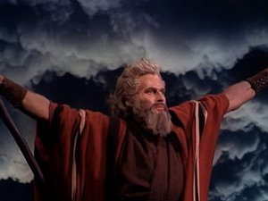 Dispare inca o legenda a ecranului: Charlton Heston