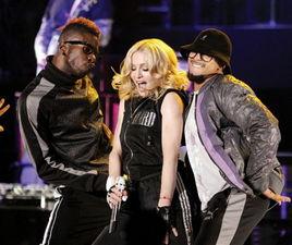 Madonna - Sticky & Sweet Tour - la Bucuresti!