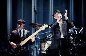 Leonard Cohen la Bucuresti: Nu un concert, ci un spectacol