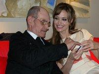 Angelina Jolie-Barladeanu