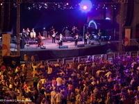 Legendele jazzului cubanez, Grupo Compay Segundo la Arenele Romane