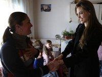 Angelina Jolie si dragostea in vremea razboiului