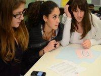 Filmul documentar: instrument de cunoastere si schimbare pentru tinerii romani