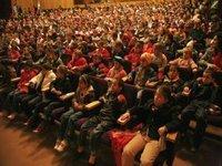 Caravana Astra Film sarbatoreste Ziua Copilului la Cornatel